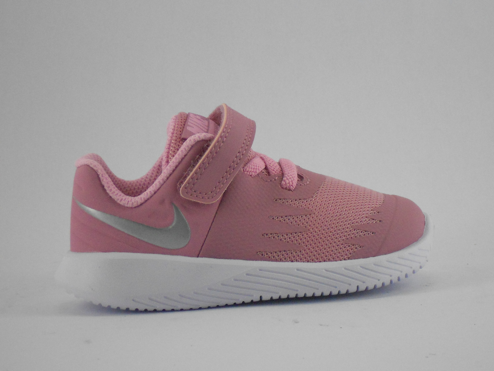 94195b4f750 Tenis Nike Criança - Loja dos Sapatos